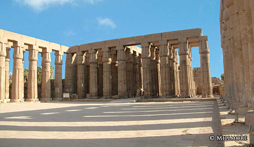 LuxorCourtAmonhotep2