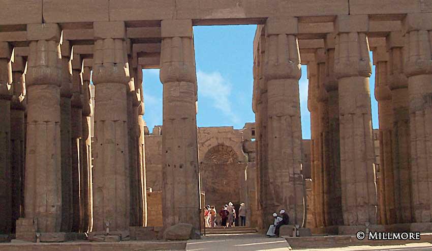 LuxorCourtAmonhotep5