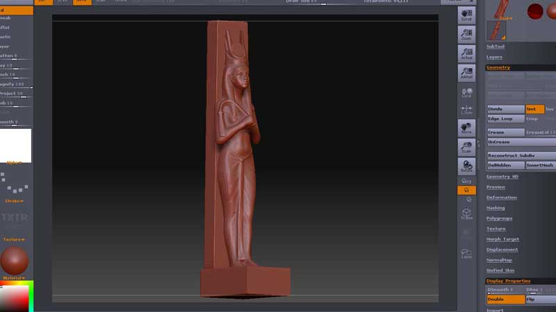 Making the statue of the Goddess Hathor to stand at the entrance of the chapel